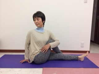 yoga124.JPG